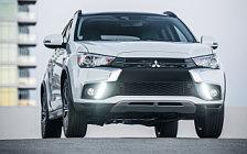 Обои автомобили Mitsubishi Outlander Sport SEL US-spec - 2017
