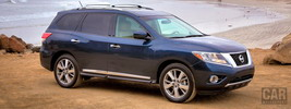 Nissan Pathfinder US-spec - 2013