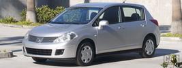 Nissan Versa Hatchback - 2007