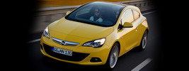 Opel Astra GTC Panoramic - 2011
