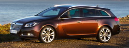 Opel Insignia BiTurbo Sports Tourer - 2012