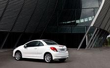 Обои автомобили Peugeot 207 CC - 2009