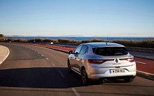 Обои автомобили Renault Megane - 2015