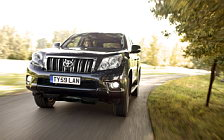 Обои автомобили Toyota Land Cruiser UK-spec - 2010
