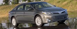 Toyota Avalon Hybrid - 2013