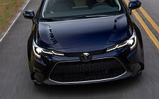 Обои автомобили Toyota Corolla XLE Sedan US-spec - 2019
