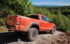 Обои автомобили Toyota Tacoma TRD Off-Road Double Cab - 2015