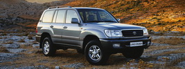 Toyota Land Cruiser 100 - 2001