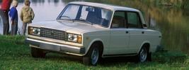 ВАЗ 2107 - 1982