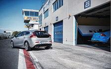 Обои автомобили Volvo V40 Polestar Parts - 2016