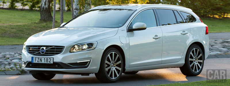 Обои автомобили Volvo V60 D5 Twin Engine - 2016 - Car wallpapers