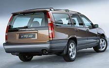 Обои автомобили Volvo V70 XC - 1999